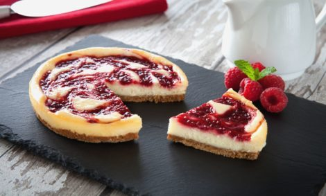 White choc raspberry cheesecake L