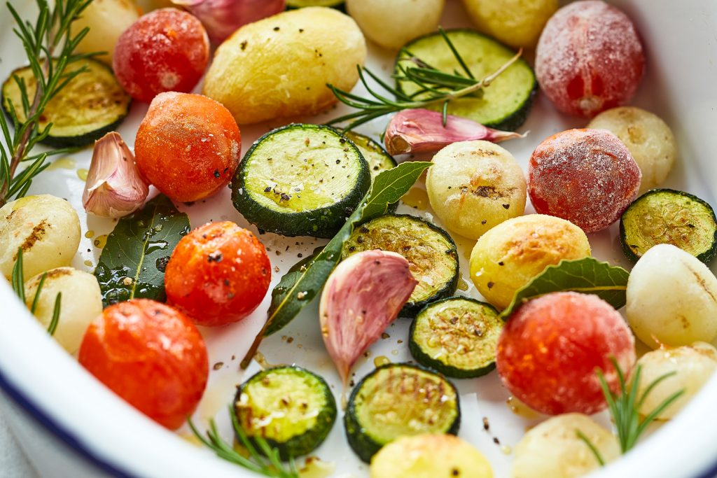 Tuscan_Roasting_Vegetables_1-1.jpg